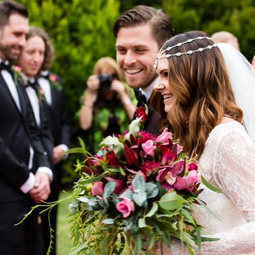 Gretta_Pat_Romantic-Boho-Wedding_018-900x643